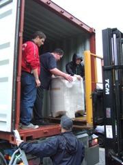 Hilfsgüter Tansania 201107