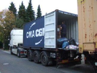 Containerbeladung Peru 2012