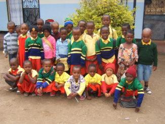 Waisenstiftung Bruder Peter Hötter_ Arusha_Tansania